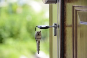 Landlords: When You Should Be Replacing The Locks on Your Rental Property