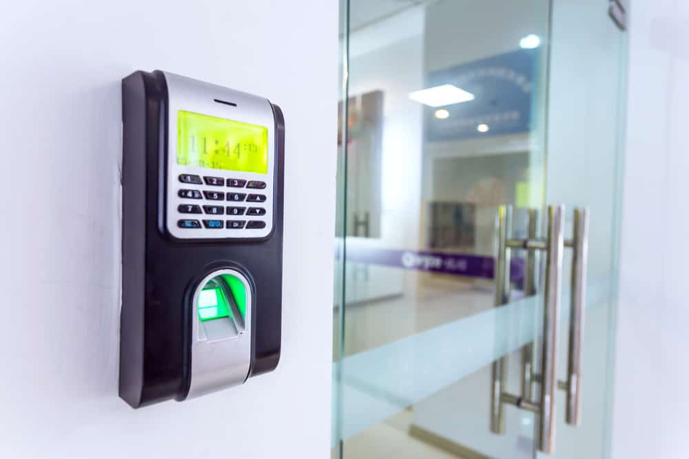 Electric Access Control System: Should I Fix or Replace?