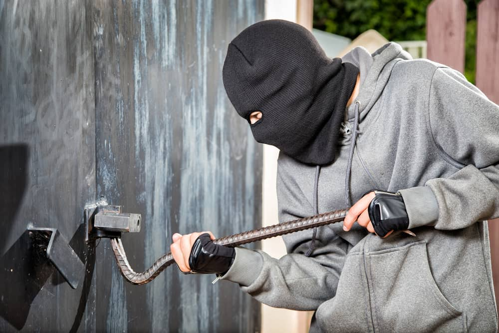 How To Keep Your Garage Door Safe From Break Ins In